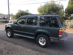 1997 Ford Explorer XLT 4WD 184k for Sale in Tacoma, WA