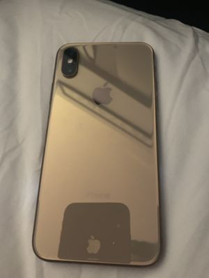 Rose gold iPhone XS t mobile for Sale in Houston, TX