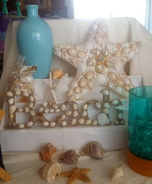 Ocean Beach Wall Decor Seashells Star fish, Vase, Lamp Natural for Sale in Riverside, CA