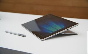 Microsoft Surface Pro 4 (128 GB, 4 GB RAM, Intel Core i5) for Sale in Fort Belvoir, VA