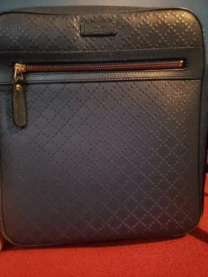 Gucci Messanger Bags Authentic for Sale in Chicago, IL