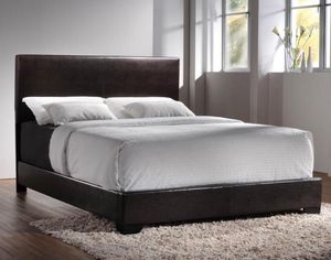 Queen bed frame with mattress for Sale in Lawrenceville, GA
