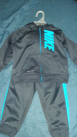 Baby boy 24m/2T clothing sets for Sale in San Marcos, TX