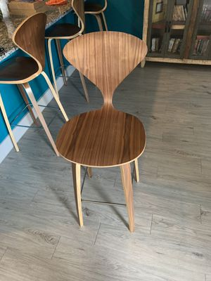 Unique Shape Wooden Bar Stools for Sale in Houston, TX