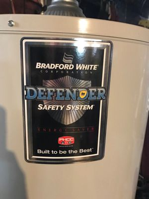 Brand new, never installed, 40 gallon gas water heater for Sale in Baltimore, MD