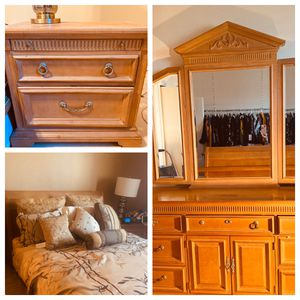 Lovely Solid Oak Queen Sleigh Bed- Complete Bedroom Set for Sale in Jersey City, NJ