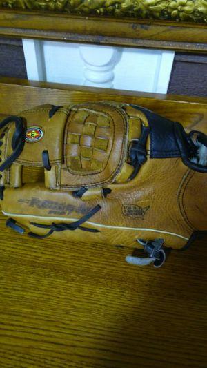 Easton Baseball Glove for Sale in Marysville, WA