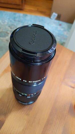 Vintage Canon FD 80-200mm zoom lens for Sale in Portland, OR