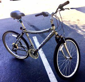 "Motiv Smoothie Aluminum top quality bike 26"" frame 18"" for Sale in Chandler, AZ"