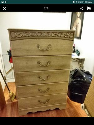 Queen size 7pc Bedroom Set. 1 yr old. Excellent condition. for Sale in Denver, CO