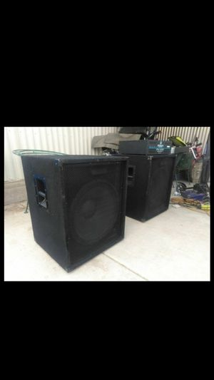 Dj amplifier and subwoofers Peavey for Sale in Mesa, AZ