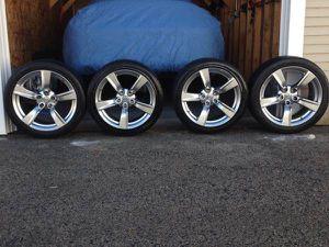 Nissan Wheels 370z 350z for Sale in HUNTINGTN STA, NY