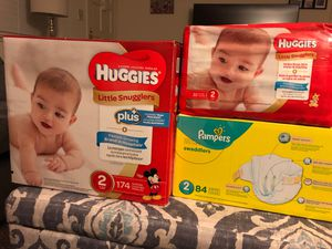 Diapers #206 in total for Sale in Fresno, CA