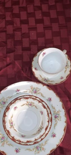 Harmony House Webley Fine China Set. for Sale in St. Louis,  MO