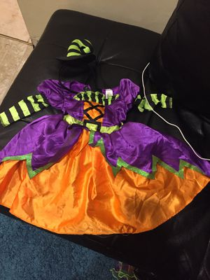 Witches costume for Sale in Chicago, IL
