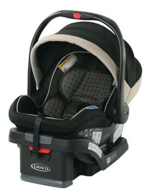 Brand New Graco SnugRide SnugLock 35 LX 1-hand Adjust Infant Car Seat for Sale in Chicago, IL