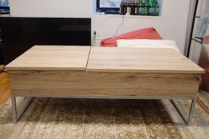Flip Top coffee table $125 (orig price $400) for Sale in New York, NY