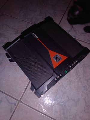 Dual amplifier 2 channel 600 watts 40.00 pick up only for Sale in Merced, CA