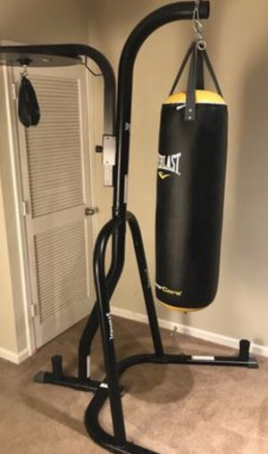 Everlast punching bag stand for Sale in Frisco, TX