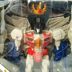 KING STARSCREAM Transformers Generations Combiner Wars Leader Class Hasbro action figure NEW for Sale in Covina, CA