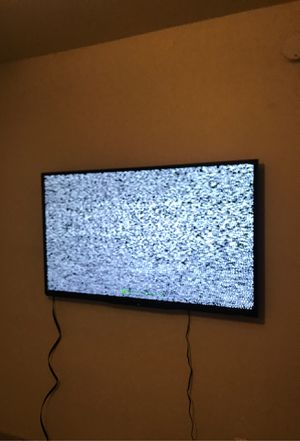 60 inch tv for Sale in Plano, TX