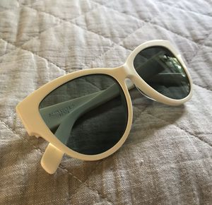 Saint Laurent SL162 003 Ivory Sunglasses for Sale in Canonsburg, PA