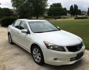 For sales 2008 Honda Accord EX-L FWDWheelss Need.Nothinng for Sale in Lansing, MI