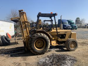 Harlo forklift for Sale in Reedley, CA
