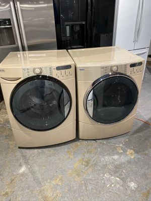 USED KENMORE ELITE HE5 WASHER AND GAS DRYER for Sale in Salem, MA