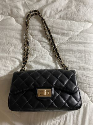 Faux leather Handbag for Sale in Los Angeles, CA