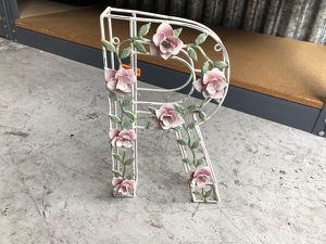 "Vintage metal Rose R letter decor - perfect shape - no chips or fading great decoration with hand painted flowers approximate height is 12"" for Sale in Palm Beach Gardens, FL"