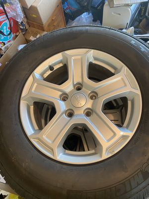 Set of 5 wheels for jeep wrangler sport for Sale in Long Grove, IL