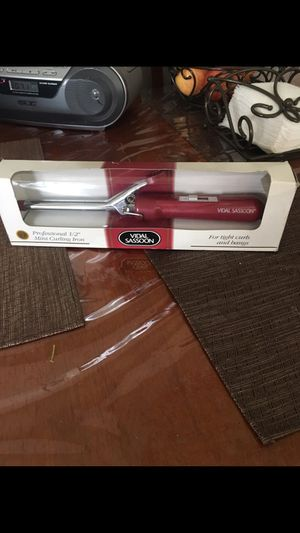 Curling iron for Sale in Los Angeles, CA