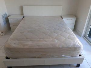 4 PCS BEDROOM SET NEW IN BOX FULL or QUEEN JUEGO DE HABITACIÓN TODO NUEVO EN SU CAJA - BED SETa for Sale in Miami, FL