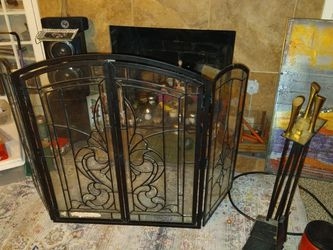 3 Panel Fire Place Safety Cover With Tools for Sale in Cashmere,  WA