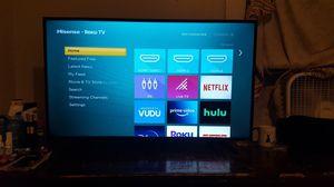HISENSE 43 INCH SMART ROKU TV for Sale in Manville, NJ