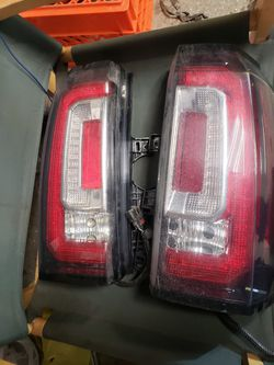 Yukon Taillight for Sale in Chicago,  IL