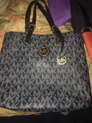Authentic MK BAG like new, great condition for Sale in Harrisburg, PA