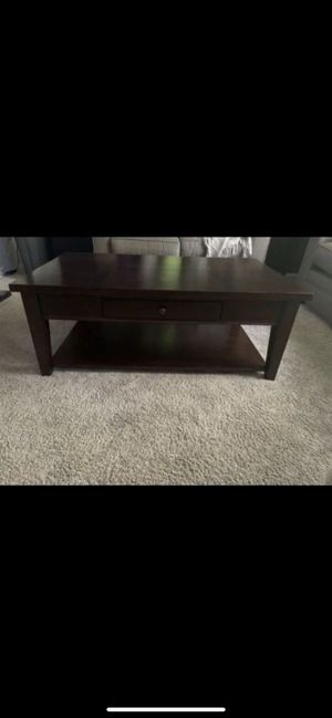 coffee table and end tables for Sale in Frederick, MD