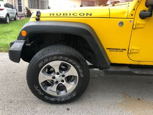 Jeep wrangler for Sale in Miami, FL