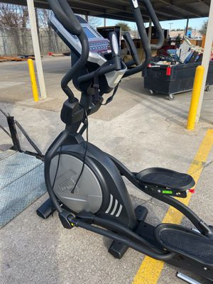 Commercial elliptical for Sale in Arlington, TX