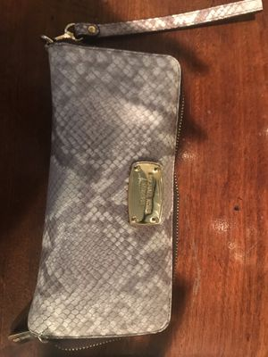 Michael Kors Wallet for Sale in Ashburn, VA