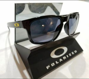 Oakley Holbrook Sunglasses Polished Black / Gray Polarized 9102-11 for Sale in Norwalk, CA