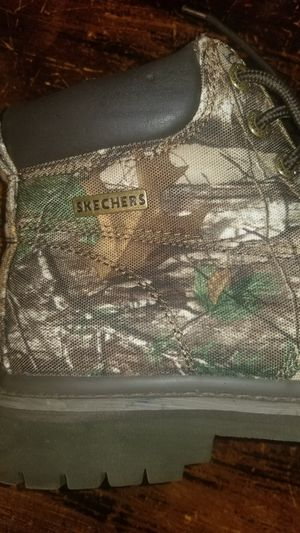 Sketcher Camouflage boots for Sale in Lauderdale, MS