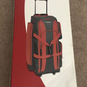 """Prodigy 32"""" Wheeled Duffle Bag for Sale in Schaumburg, IL"""