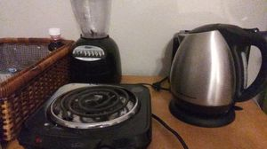 Portable Stove Top Burner,Portable hot water Pot/Coffee Pot,Blender/Jucier also got a crock pot you i can throw in as well for Sale in San Antonio, TX