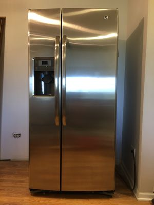GE stainless steel refrigerator and GE dishwasher for Sale in Arlington Heights, IL