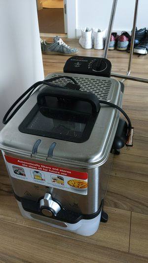 Deep Basket Fryer (with Oil Filteration) for Sale in Washington, DC