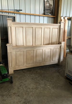 King size door bed frame for Sale in Rainier, OR