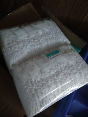 Pamper diapers for Sale in Parma, OH